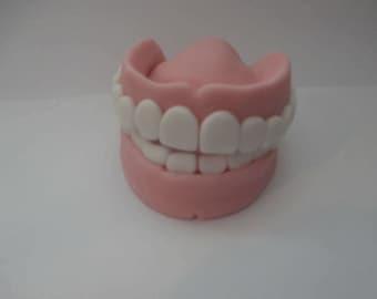 Edible,false teeth, cake topper,sugar paste,fondant,birthday,retirement,cake,man,women,cake decoration