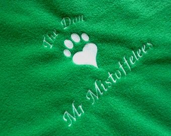 Pet Blanket for Cat Bed, Kitten Bed, Lovely Soft & Cosy Green Fleece Blanket Personalised with Pets Name.  Bedding For Cats, and Kittens.