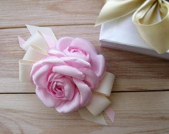 Camellia CAMELLIA FABRICS, brooches camellia Chanel style, color Chanel style, Summer 2017, handmade flowers, pink camellia, pink brooch