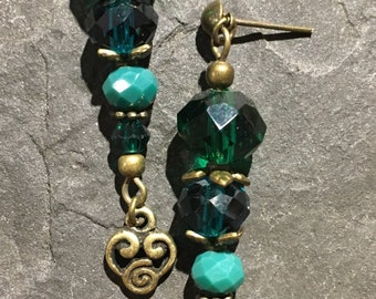 Handgemachte Ohrringe aus Glasperelen und Böhmischen Glasperlen.