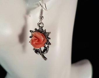 Vintage style flower earrings, peach rose earrings, origami earrings, rose earrings, vintage floral, woodland wedding, dainty earrings, rose
