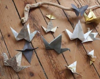 Mobile origami cranes, room decoration 12 baby girl, Japanese paper, washi, folded baby gifts, driftwood, wedding
