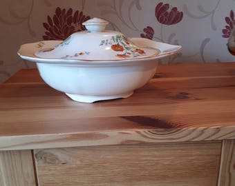 Beautiful Alfred Meakin Serving Bowl, Tureen 1930's with Marigold Design