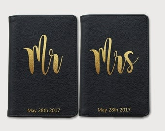 Women's Day Personalized Passport cover,passport cover,couple gift,couple passport covers,honeymoon gifts,gifts for her gifts for him