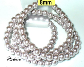1 strand. 82cm = 114 glass pearls 8 mm Silver (808.26.1)