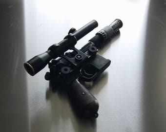 Han Solo blaster DL-44 ANH (resin/metal)