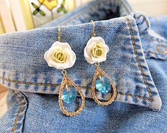 FLower Earrings, Heart Earrings, Wedding Earrings, Swarovski Crystal Earrings, Heart Earrings, Crystal Earrings