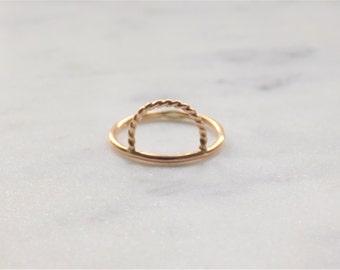 Gold Filled Ring | Twist Ring | Dainty Ring | Modern Minimalist Ring | Circle Ring | Delicate Ring | Minimal Ring | Geometric Ring