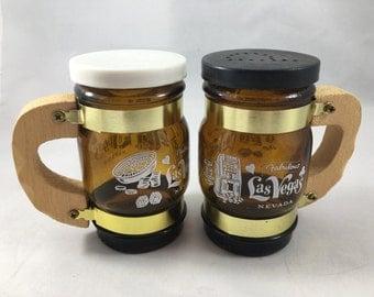 Vintage 1970s Souvenir Amber Glass Barrel Wooden Handle Fabulous Las Vegas Salt and Pepper Shakers