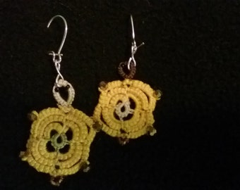 Tatted turtle earrings with beads
