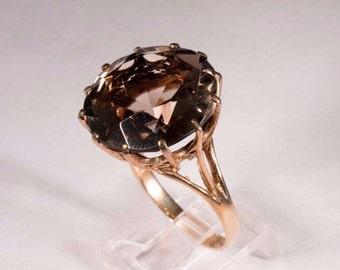 14K Yellow Gold Large Brown Topaz Ring, size 10.75