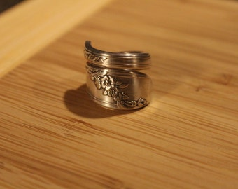 Floral 1946 Oneida Spoon Ring