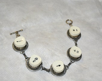 Antique Typewriter Key Bracelet, Vintage Style Jewelry
