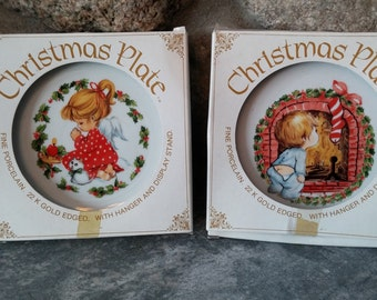 1982 Jasco Christmas Plates, Set of Two 1982 Jasco Christmas Plates, Made in Japan, Vintage Christmas Decorations, Vintage Christmas