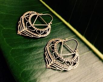Large Kali Yantra Geometry Brass Hoop Earrings, Boho Brass Hoop Earrings, Tribal Hoop Earrings, Large Gold Brass Indian Hoop Earrings