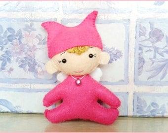 Leprechaun in wool sewn hand fushia felt