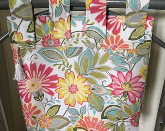 Zipper Lined Walker Bag Floral Print