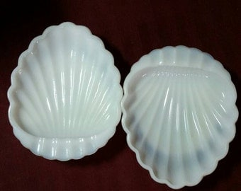 Milk glass sea shell ash trays or candy dishes. Set of 2.