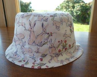 Bucket Hat hares print