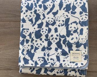 Modern Baby Blanket. Snuggle Blanket. Gender neutral Blanket Panda Blanket. Baby boy blanket. Baby girl blanket. baby shower gift