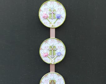 Easter Religious Cross Pink Green Wall Hanging Home Decor Accents