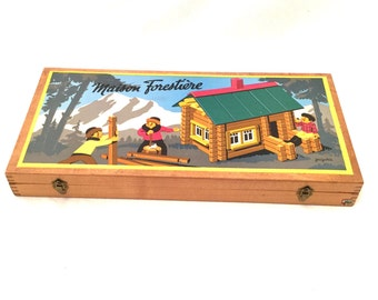 Lot of 2 Forest House and Swiss chalet game Jura