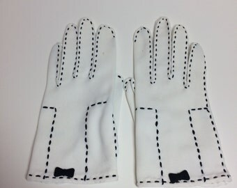 Vintage ivory white ladies gloves with black embroidery
