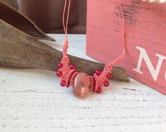 The Sleeping Beauty II - Cute Rhodonite Garnet Macramé necklace