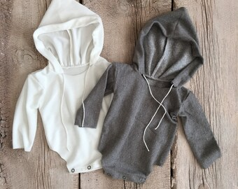 Boys Hooded Long Sleeve Romper, Heather Grey & White, Newborn-9 Month sizes ~ Newborn Photography Props,
