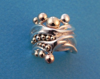 Gold and silver bubble ring in sizes 4-12
