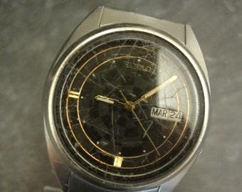 Vintage SEIKO 7009-3180  Automatic Rare Mens Watch w/stainless steel bracelet