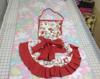 Women's Apron, Cute apron, Vintage apron, Camping apron