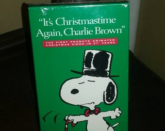 """Video """"It's Christmastime Again, Charlie Brown"""""""