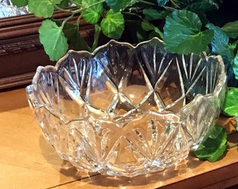 Crystal bowl with gold trim