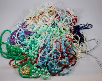 Salvage Jewelry Lot - Junk Jewelry Lot - Beaded Necklaces - Broken Jewelry Lot - Destash Salvage - Salvage Beads - Mixed Media Supplies