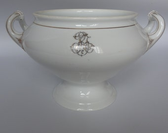 French white and gold porcelain tureen/bowl