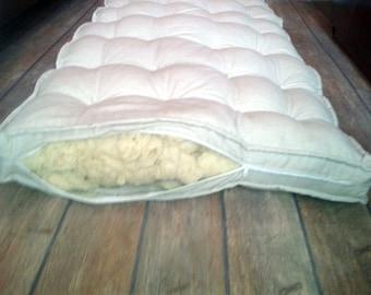 Wool Mattress/ Filling: 100% pure new wool/160cm x 200 cm/