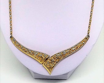Crown Trifari Etruscan Style Gold Necklace 1960s