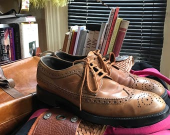 Tods Brogues classic  brown size 9