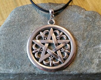 Large pentagram necklace, decorative silver pentacle necklace