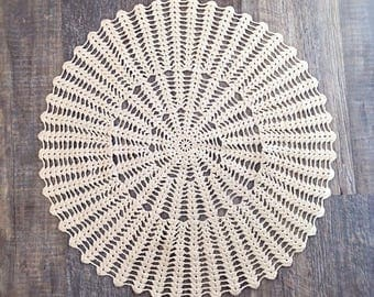 Vintage round crotched doily