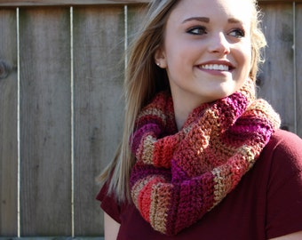 FREE SHIPPING!! Crochet Scarf, Fall Reds Infinity Scarf!