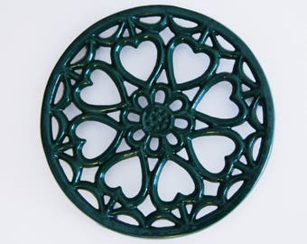 Vintage Green Round Trivet , Heart Shape Decor