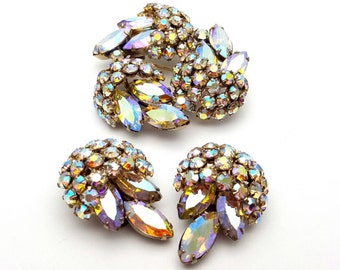 Breathtaking Signed Sherman Brooch and Clip on EarringsDemi Parure Set Aurora Borealis Rhinestone Vintage from the 50s