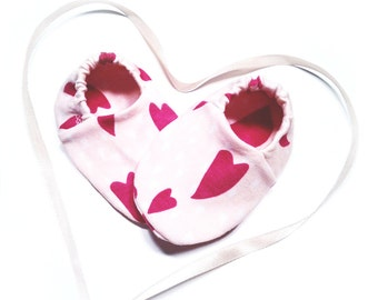 """Babies & Minis """"Hearts""""-sweet baby shoes made of organic cotton jersey by Elvelyckan design-toddlers ' shoes for up to 1 year"""