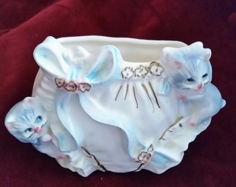 Velco Diaper and Kittens Planter/Vintage Indoor Planter/Diaper Planter with Kittens and Blue Ribbons/Vintage Diaper Planter/Baby Planter