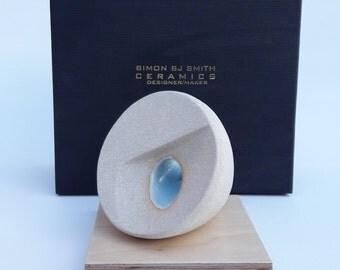 Miniature Sculpture 01 plinth dimension 100mm x 100mm