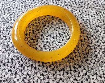 Vintage Yellow Lucite Asymetrical Bangle Bracelet with Sparkle and Mid Century Style