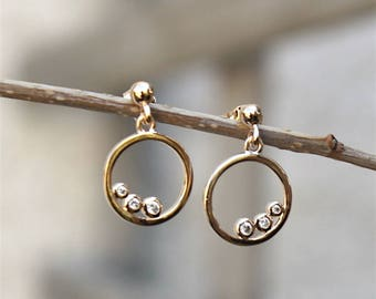 gold-plated ring 18 ct 3 microns and zircons earrings