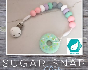 Pacifier chew clip - chew beads - silicone beads - food grade silicone - baby present - Bpa Free - newborn toy - christmas